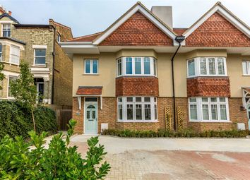 Thumbnail 5 bed property to rent in King Charles Road, Berrylands, Surbiton