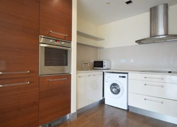 2 bed flat to rent in Falcon Drive, Cardiff CF10
