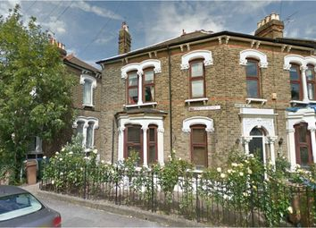 Thumbnail Studio to rent in Woodville Road, Leytonstone