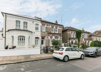 Thumbnail 2 bed flat to rent in Salcott, Clapham