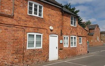 Thumbnail Office to let in Three Crowns Yard, Market Harborough, The Office, High Street, Market Harborough, Leicestershire