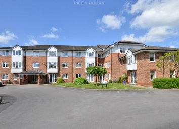 Thumbnail 2 bed flat for sale in Crockford Park Road, Addlestone