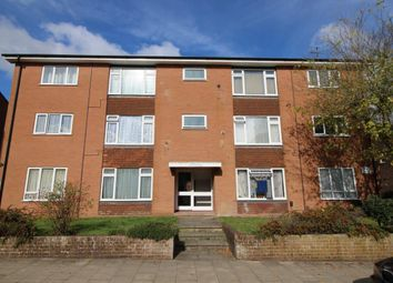 Thumbnail 3 bed flat for sale in Cargate Grove, Aldershot