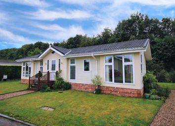 2 bed mobile/park home for sale in Sunset Avenue, Calverton, Nottingham NG14