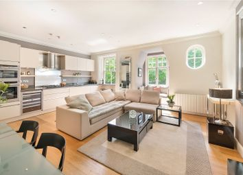 Thumbnail 3 bed maisonette for sale in Evelyn Gardens, London