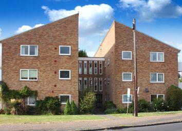Thumbnail 2 bed flat to rent in Blenheim Road, Horsham