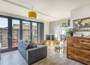 Thumbnail 1 bed flat for sale in Overtons Yard, Croydon