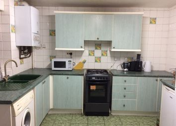 Thumbnail Room to rent in Croombs Road, London, Greater London E163Rn