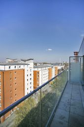 Thumbnail 3 bed flat for sale in Creek Road, Greenwich