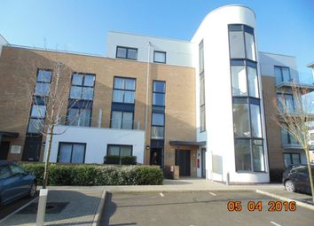 Thumbnail 2 bed flat to rent in Cromwell Road, Cambridge