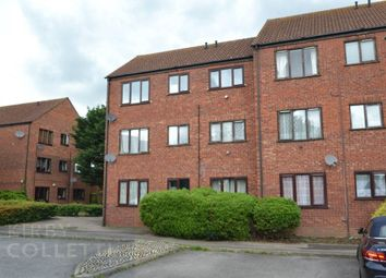 Thumbnail 1 bed flat to rent in Chilworth Gate, Silverfield, Broxbourne