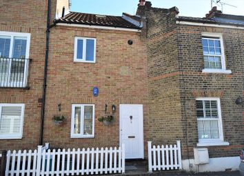 Thumbnail 2 bed town house to rent in The Square, Woodford Green, Essex.