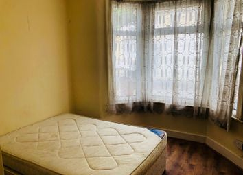 Thumbnail 2 bed flat to rent in Hunter Road, Ilford