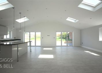 Thumbnail 4 bed detached house for sale in Warden Hill Road, Luton, Bedfordshire