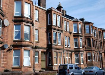 Thumbnail 1 bed flat to rent in Cardwell Road, Gourock