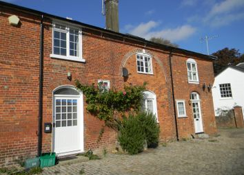 Thumbnail 3 bedroom flat to rent in Rossway, Berkhamsted