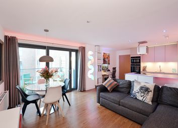 Thumbnail 2 bed flat to rent in Montreal House, Maple Quays, London