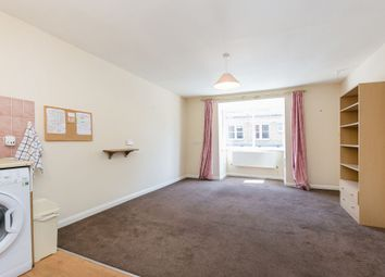 Thumbnail Flat for sale in De Beauvoir Place, Tottenham Road, London