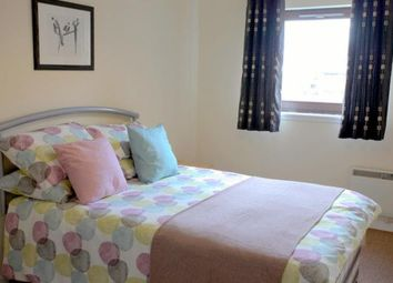 Thumbnail 2 bed flat to rent in Cowan Place, Dundee