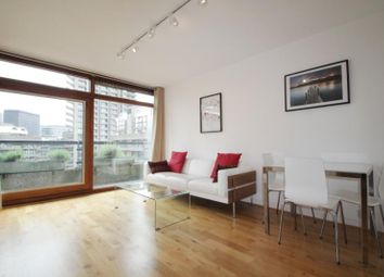 1 bed flat to rent in Bunyan Court, Barbican, London EC2Y