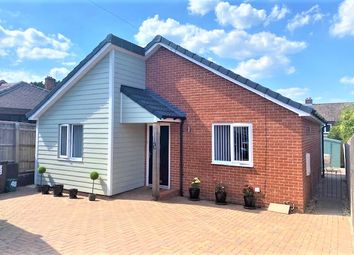 Thumbnail 2 bed detached bungalow for sale in Blenheim Close, Didcot