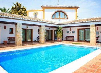 Thumbnail 5 bed villa for sale in Nerja, Málaga, Spain