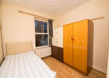 Thumbnail Room to rent in Single Room, Body Road, Reading