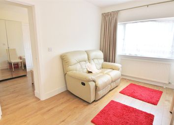 Thumbnail 1 bed flat to rent in Worcester Cres, London