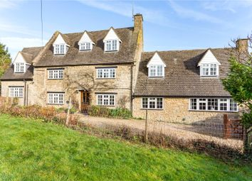 5 bed detached house for sale in Wappenham Road, Helmdon, Brackley, Northamptonshire NN13