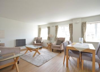 Thumbnail 2 bed flat to rent in Forfar Road, London