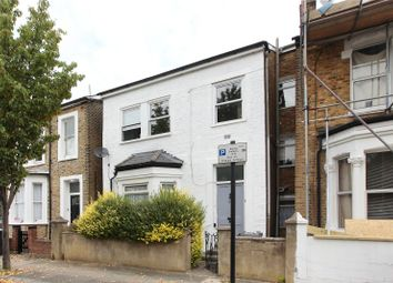 Thumbnail 3 bed flat for sale in Winslade Road, Brixton