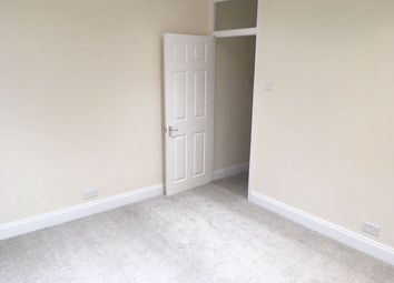 Thumbnail 1 bed flat to rent in Chingford Mount Road, Chingford