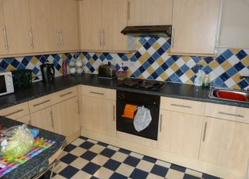 Thumbnail 2 bed flat to rent in City Road, Cathays, Cardiff