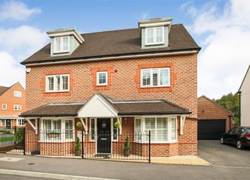 Thumbnail 5 bed detached house for sale in Greenhurst Drive, East Grinstead, West Sussex