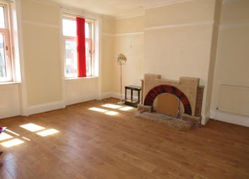3 bed flat to rent in Lombard Street, Halifax HX1