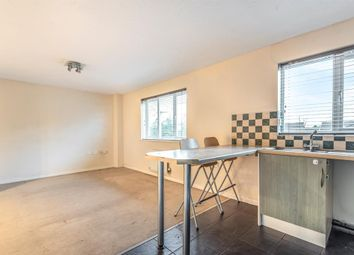 2 bed flat to rent in Longley Road, Walkden, Manchester M28