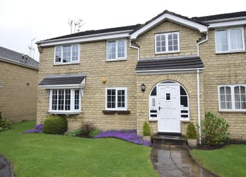 Thumbnail 2 bed flat to rent in Oakdene Vale, Leeds, West Yorkshire