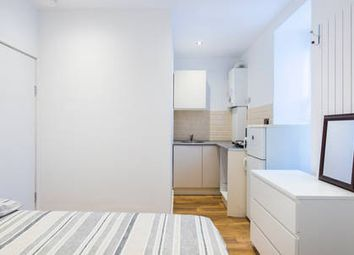 Thumbnail Studio to rent in Tooting High Street( Bills Included), Tooting