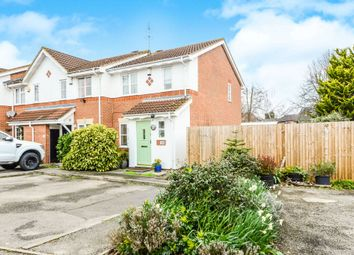 3 bed end terrace house for sale in Alsop Close, London Colney, St. Albans AL2