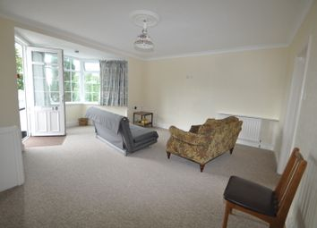 Thumbnail 1 bed flat to rent in Stracey Road, Falmouth