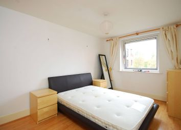 2 bed flat to rent in Wadbrook Street, Kingston, Kingston Upon Thames KT1