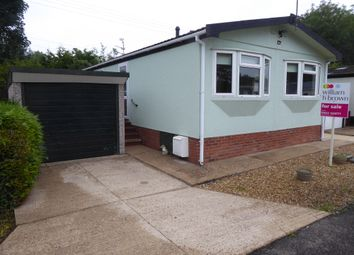 Stone Valley Court, Waddington, Lincoln, Lincs. LN5. 2 bed mobile/park home