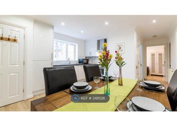 Thumbnail 3 bed flat to rent in Turner Street, London