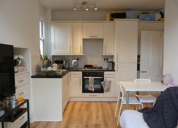 Thumbnail 1 bed flat to rent in Fulham Park Gardens, Fulham/Parsons Green