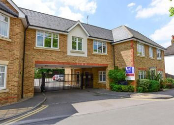 Thumbnail 1 bedroom flat to rent in Manor Road, Walton-On-Thames