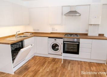 Thumbnail 2 bedroom flat to rent in Whyteleafe Hill, Whyteleafe