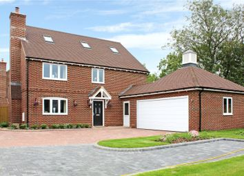 Fox Heath Gardens, Reading Road, Cane End, Reading RG4. 5 bed detached house