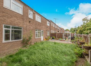 Thumbnail 4 bed town house for sale in Ashlea Gate, Bramley, Leeds