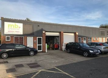Thumbnail Warehouse to let in Unit 10 Kings Grove Industrial Estate, Maidenhead