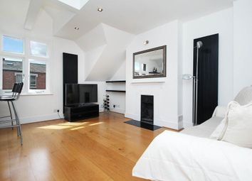 Thumbnail 3 bed property to rent in Agincourt Road, London
